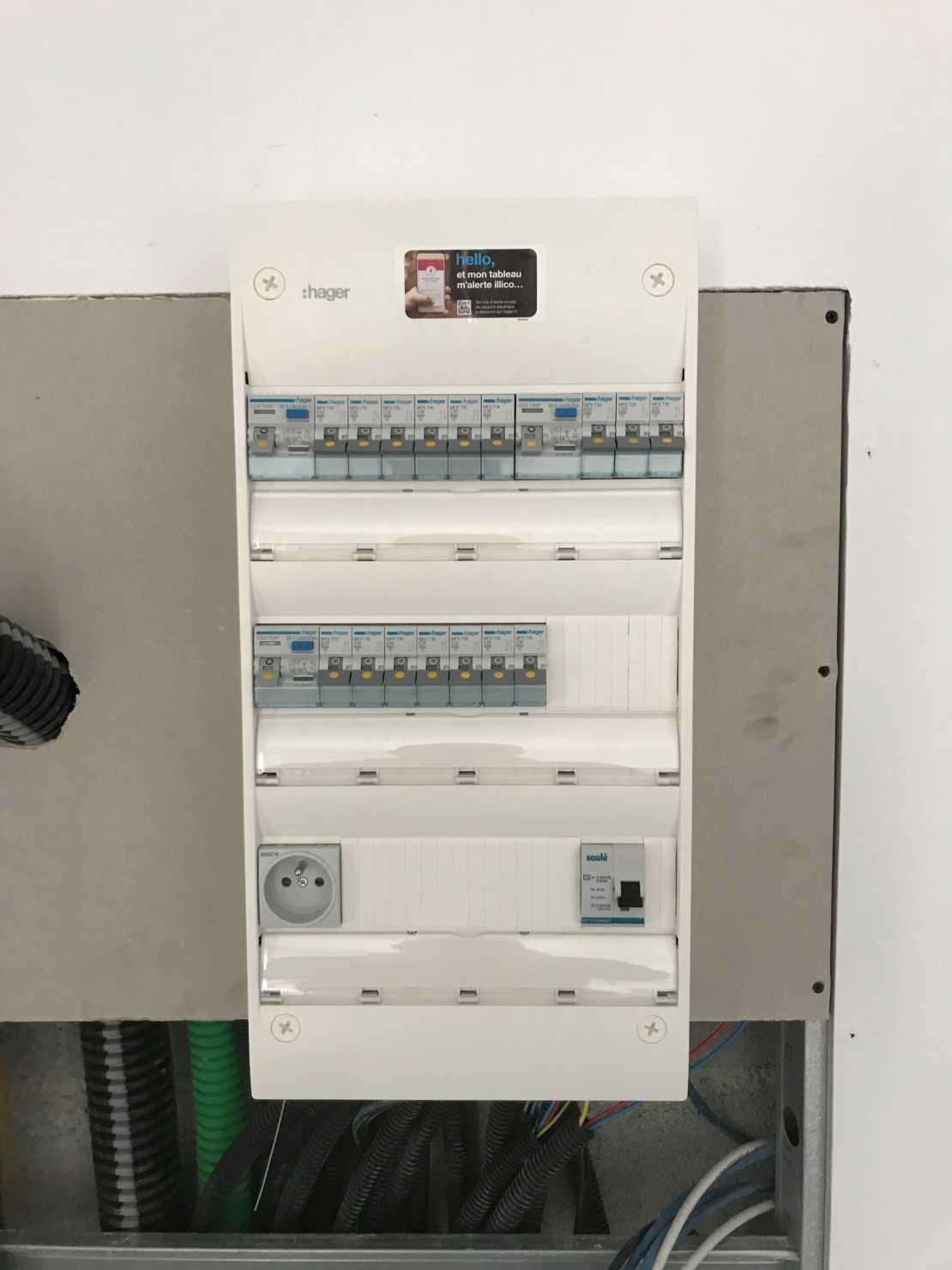 électricité Lambesc
